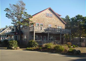 Barracuda Cove ~ Ocean View - Image 1 - Depoe Bay - rentals