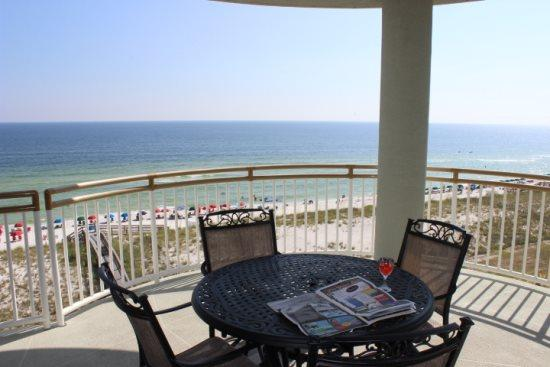 Large Balcony with a view of the Gulf and the Swimming Pool - Beach Colony Resort 6D - Navarre - rentals