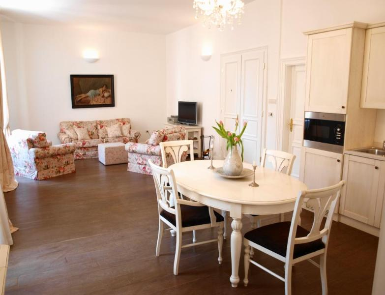 Ultimate in comfort, a true home away from home - Secret  I - Gorgeous Chic Apt in Prime location! - Dubrovnik - rentals