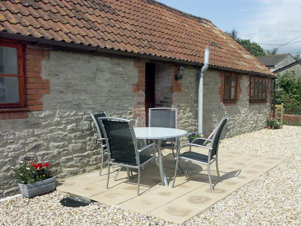 PRIMROSE COTTAGE, family friendly, country holiday cottage, with a garden in Henstridge, Ref 2029 - Image 1 - Stalbridge - rentals