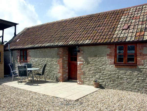 COWSLIP COTTAGE, family friendly, country holiday cottage, with a garden in Henstridge, Ref 2030 - Image 1 - Stalbridge - rentals