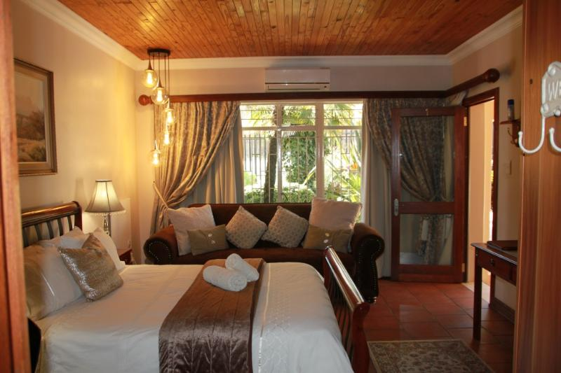 Lamor Guest House - The HOME away from HOME - - Image 1 - Middelburg - rentals