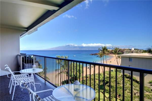 Gorgeous House in Lahaina (Whaler #708 (1/2 Ocean View)) - Image 1 - Lahaina - rentals