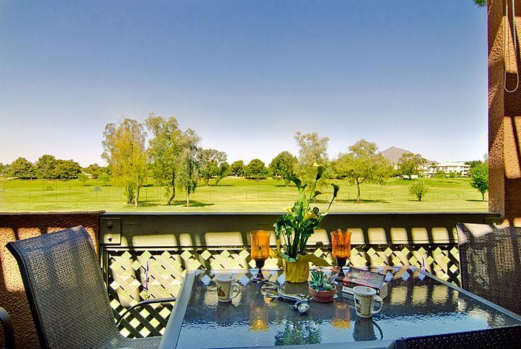 Great Golf Views! - Old Town Golf View condo - Gym, Pool, Wi-Fi, Golf. - Scottsdale - rentals