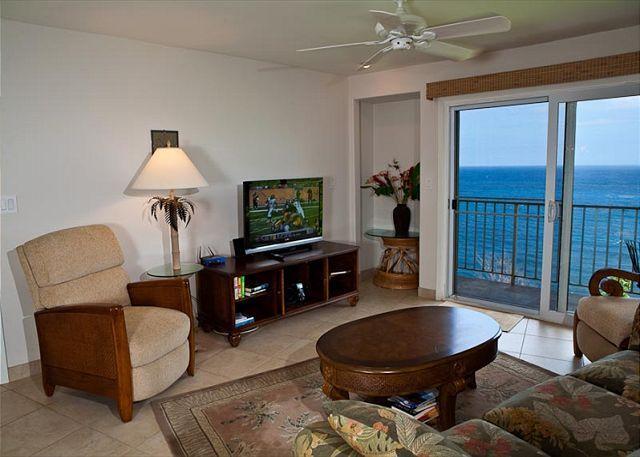 Alii Kai 4203: Gorgeous remodeled interior, oceanfront views, jacuzzi tub! - Image 1 - Princeville - rentals