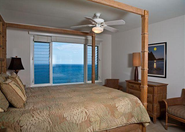 Alii Kai 4203: Gorgeous remodeled interior, oceanfront views, jacuzzi tub! - Image 1 - Princeville - rentals