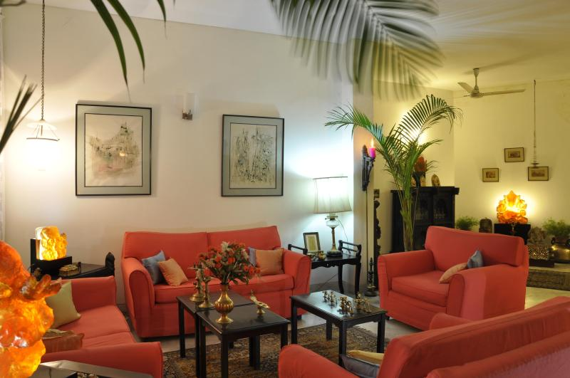 The sitting room - Comfortable,exquisite food,secure,5 star B&B - New Delhi - rentals