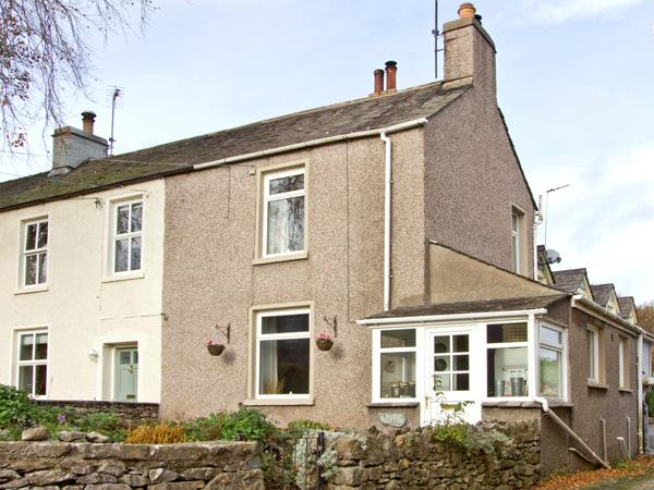 BEECH COTTAGE, pet friendly, with a garden in Scales, Ref 3709 - Image 1 - Scales - rentals