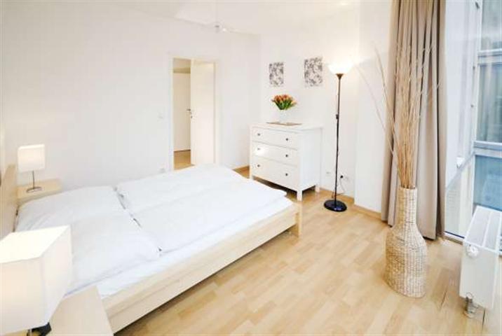 Debussy - Family Apartment Berlin Wall - Image 1 - Berlin - rentals