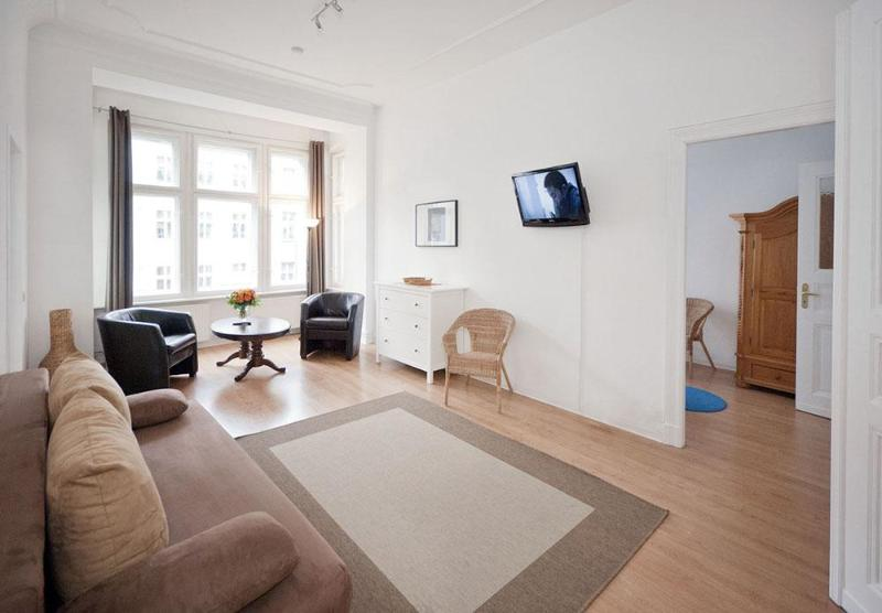 Strauss Family Apartment in Schonhauser Allee, Berlin - Image 1 - Berlin - rentals