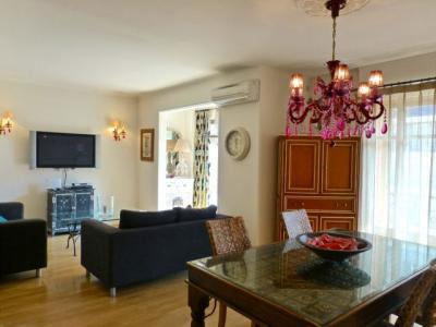 Carthage French Riviera Holiday Home with a Balcony - Image 1 - Cannes - rentals