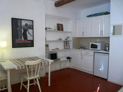 De La Tour One Bedroom - Image 1 - Cannes - rentals