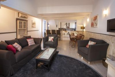 Gambetta Loft, Stunning 5 Bedroom  Apartment in the heart of Cannes Center - Image 1 - Cannes - rentals