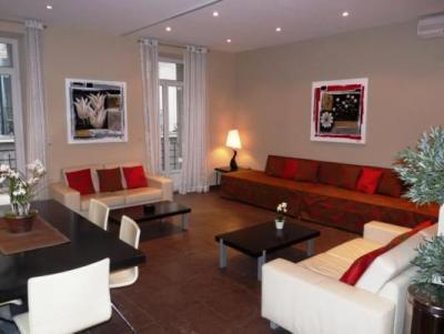 La Poste, Superb Cannes 3 Bedroom Apartment by the Palais des Festivals - Image 1 - Cannes - rentals