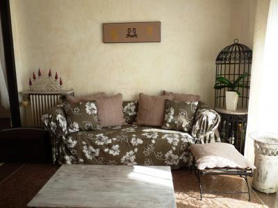Suquet Mer Vacation Rental with a Terrace, in Cannes - Image 1 - Cannes - rentals