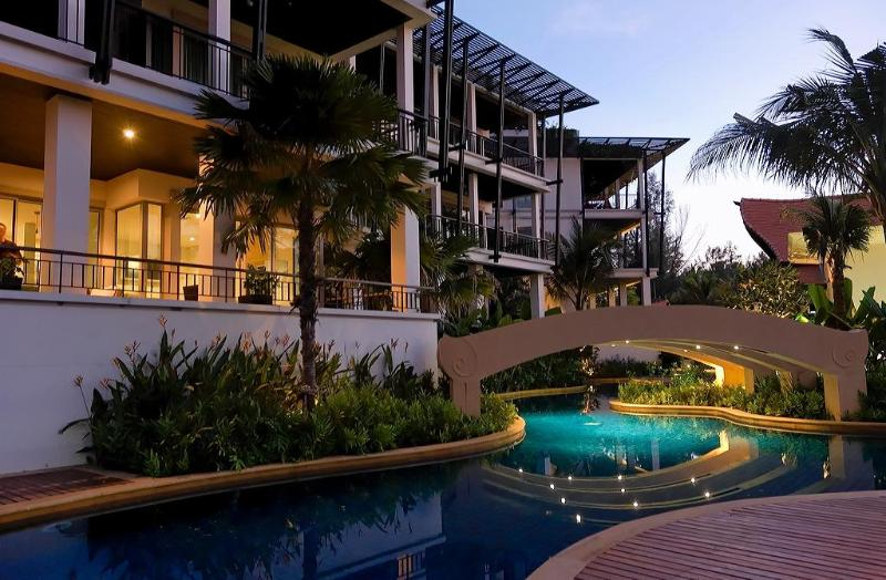 Pool and exterior - Superb 2 beds beach apartment  (KG3B) - Kata - rentals