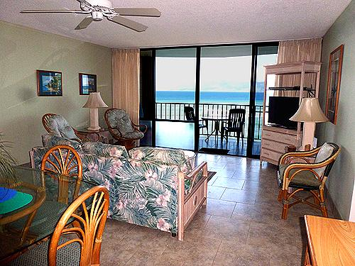 708 Living Room looking out to ocean - OCEANFRONT 2 BEDROOM 708 AT VALLEY ISLE RESORT - Lahaina - rentals