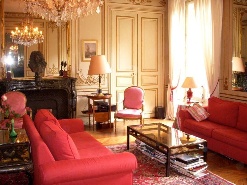 Haussman | Villas in Italy, Venice, Rome, Florence and Paris - Image 1 - Paris - rentals