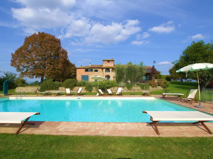 Villa Borgonuovo, marvelous example of the traditional tuscan farmhouse. - Image 1 - Cortona - rentals