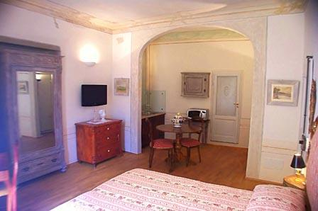 Lorenzo Studio | Villas in Italy, Venice, Rome, Florence and Paris - Image 1 - Florence - rentals