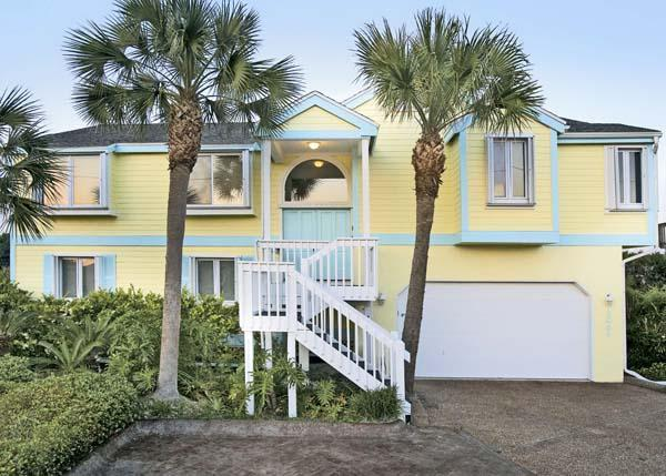 WaterColors Front Elevation - Ocean Directly Behind - Luxury- Game Rm- Oceanfront-Elevator-Fenced Yard - Ponte Vedra Beach - rentals