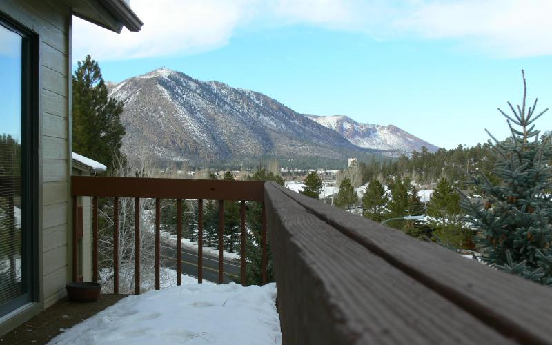 Great Views of Mt Elden from 25' Balcony! - Must See >>> Mountain Views <<< Country Club Condo - Flagstaff - rentals