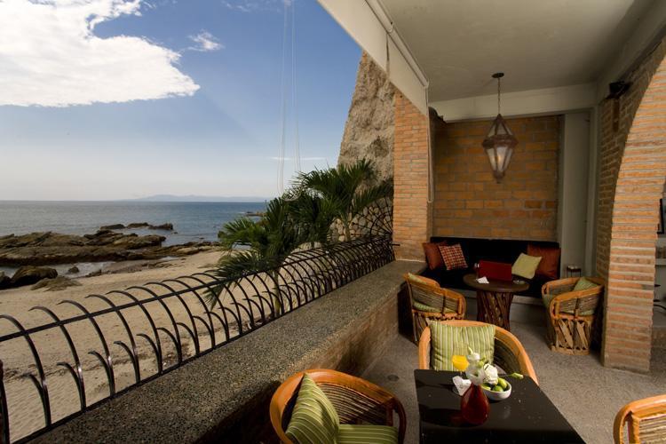 Beach Terrace & View - Vida Mar - Casa Tres Vidas - Beachfront Villa - Puerto Vallarta - rentals