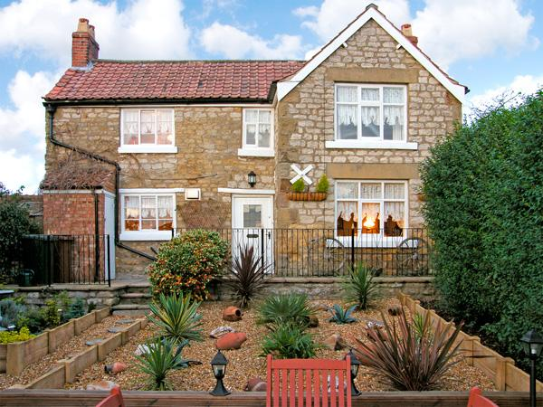 CROFT COTTAGE, pet friendly, character holiday cottage, with a garden in Pickering, Ref 3727 - Image 1 - Pickering - rentals