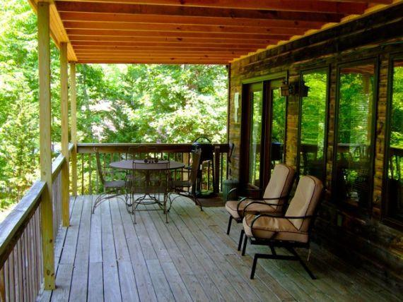 Upper deck with grill, porch rockers and patio furniture - Jessie's Magnolia, Asheville Cabins of Willow Wind - Asheville - rentals