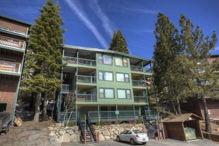 Heavenly Condo with 2 BR/1 BA in South Lake Tahoe (HNC0642) - Image 1 - Stateline - rentals