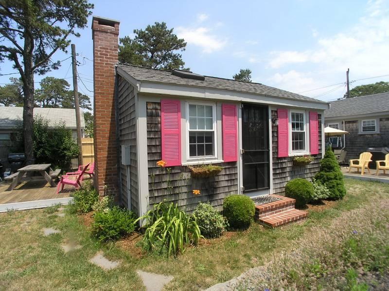 Charming House in Dennis Port (Ocean Dr. 19 #2) - Image 1 - Dennis Port - rentals