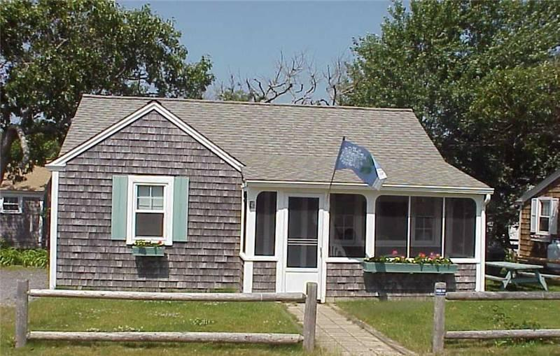 Fabulous 2 Bedroom & 1 Bathroom House in Dennis Port (Old Wharf Rd 297 #5) - Image 1 - Dennis Port - rentals