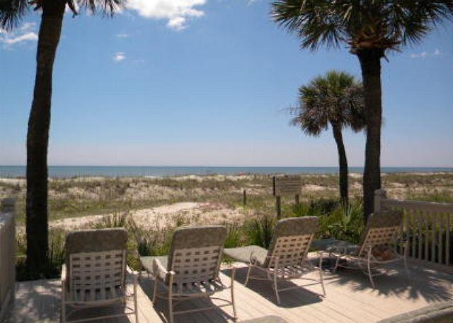 Sun Deck at Hampton - 2BR/2BA Oceanfront Villa with Great Views of the Ocean, Beach, and Pool - Hilton Head - rentals