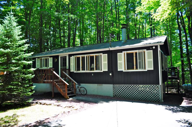 In summer, the house is well shaded by mature trees - Summer Availability! Walk to Heated Pool-Fpit/Wifi - Pocono Lake - rentals