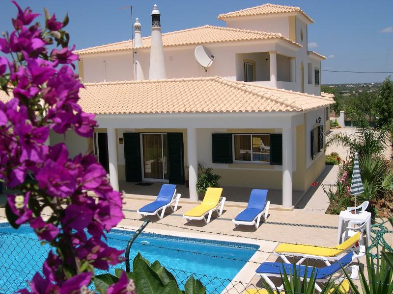 Villa Eber - Air conditioned 1 & 2 bedroom villa apartments - Albufeira - rentals