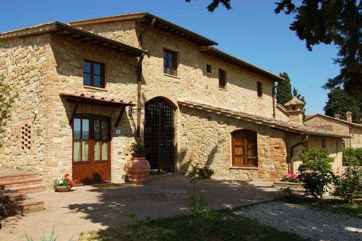 2 Bedroom Vacation House in Tuscany with Pool - Image 1 - Poggibonsi - rentals