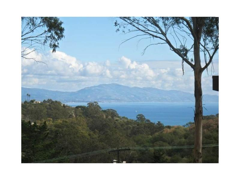 Partial Ocean View from Side Yard - Charming Home w/Views, Hot Tub, Near Dwntn & Beach - Santa Barbara - rentals