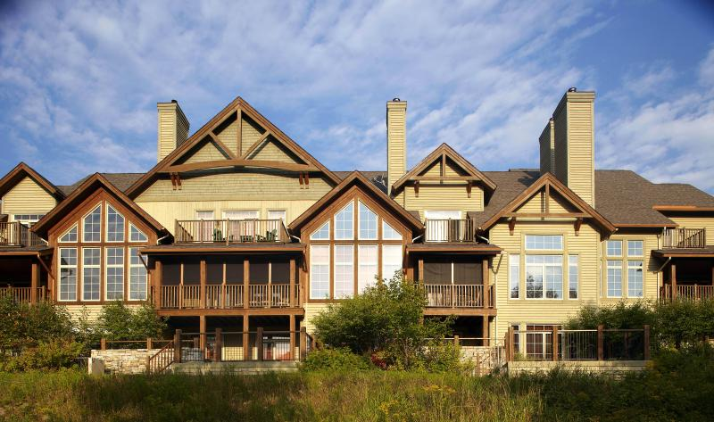 Outdoor view Panache - Panache 6brs Ski-in/out with Billiards & Spa - Mont Tremblant - rentals