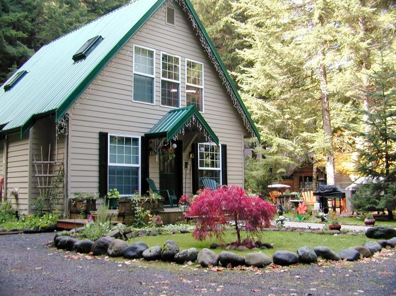 The Elk Crossing Chalet - THE ELK CROSSING CHALET - Greenwater - rentals