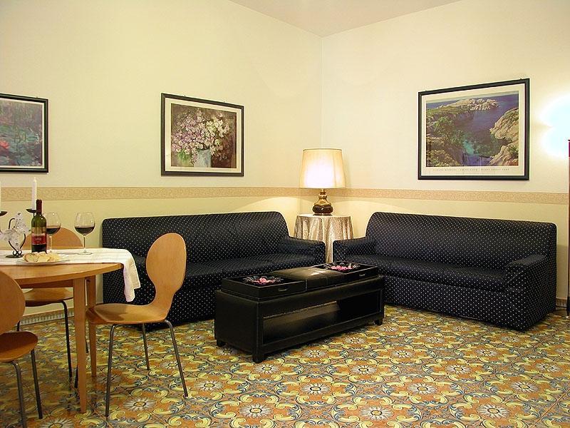 Apartment Trevi Fountain 3 Trevi Fountain apartments - Image 1 - Rome - rentals