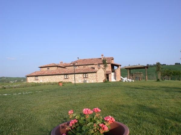 Podere Fiore di Campo - Casa del Trifoglio vacation holiday rental villa tuscany italy - Image 1 - Asciano - rentals