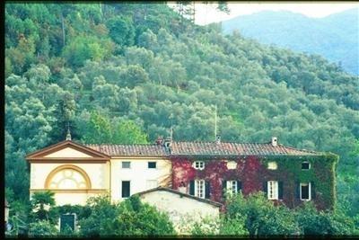Villa Lorenzo villa rental Vorno lucca tuscany italy - Image 1 - Lucca - rentals