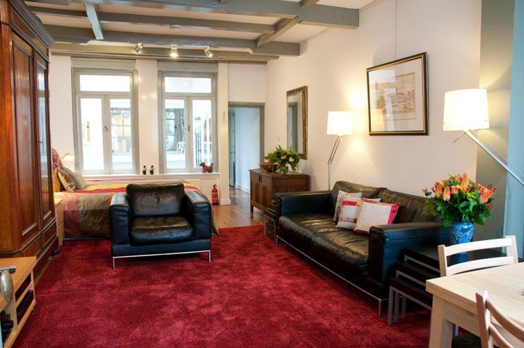 """Your living area - Amsterdam Canal Apartment """"Canal View"""" - Amsterdam - rentals"""