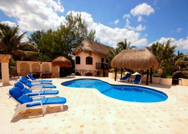 Poolside area, Casa Iguana Akumal Mexico - Casa Iguana - Akumal - rentals