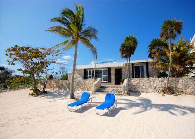 Casa Maya, Akumal.  Beachfront bungalow. - Casa Maya, Cute Beach Bungalow! - World - rentals