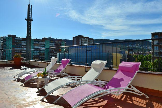 Ferran Batik, amazing 3 BR penthouse in Pedralbes - Image 1 - Barcelona - rentals