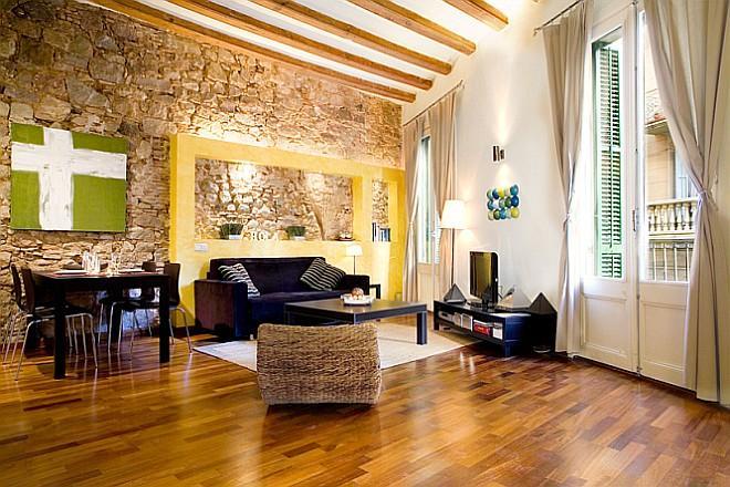 Central Picasso apt, 1 BR in El Born Barcelona - Image 1 - Barcelona - rentals