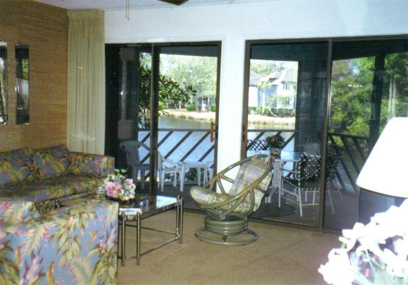 Living Room - Kiawah Island E Beach 2 br 2 ba Villa  Lagoon View - Kiawah Island - rentals