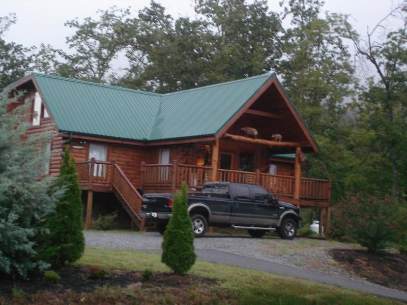 Our home on Bluff Mountain - B Our Guest Theatre -WIFI-Mountain Views May offer - Sevierville - rentals