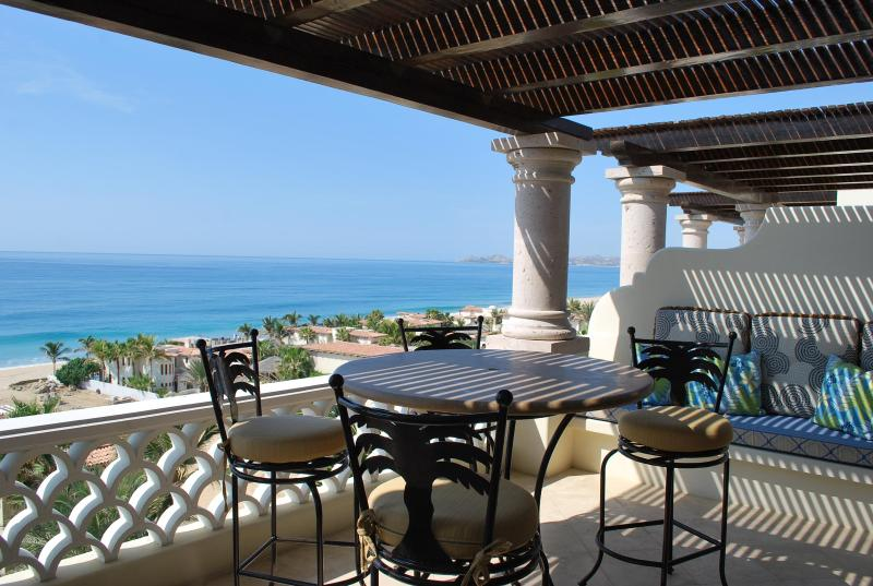 Beautiful setting for dinner! - Charming Penthouse 2BD in Beachfront Community! - San Jose Del Cabo - rentals